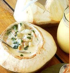 ココナッツ風味のスープ